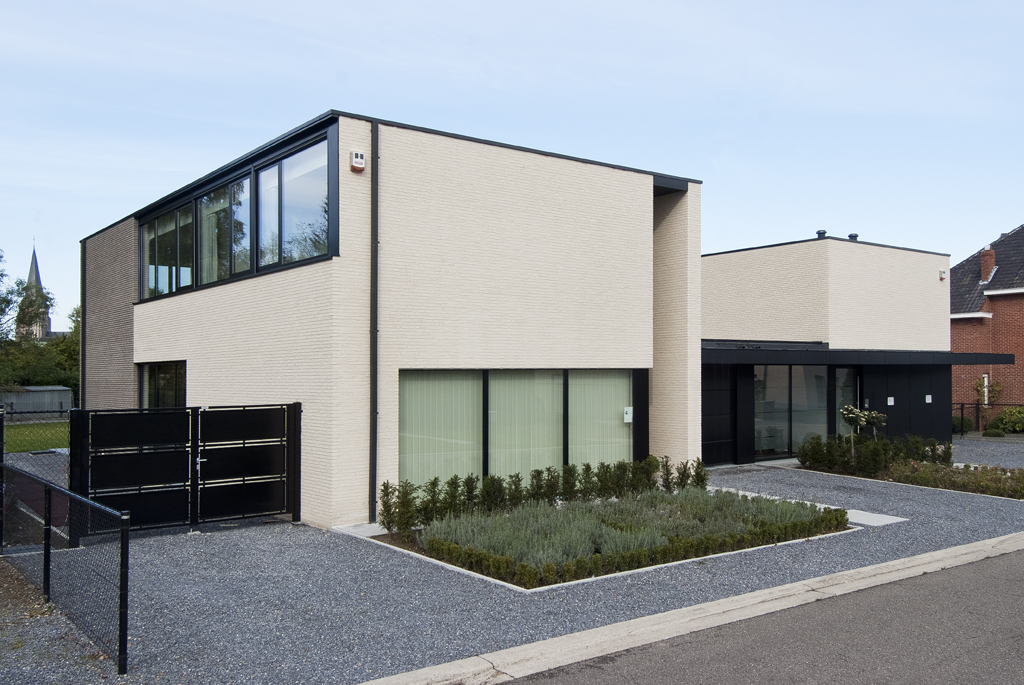 Voegwerken bosch benny uw specialist voor voeg en gevelwerken in bilzen - Zie in het moderne huis ...